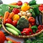 Jenis makanan yang menyehatkan kulit