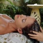Cara jitu merawat rambut kering dengan bahan tradisional